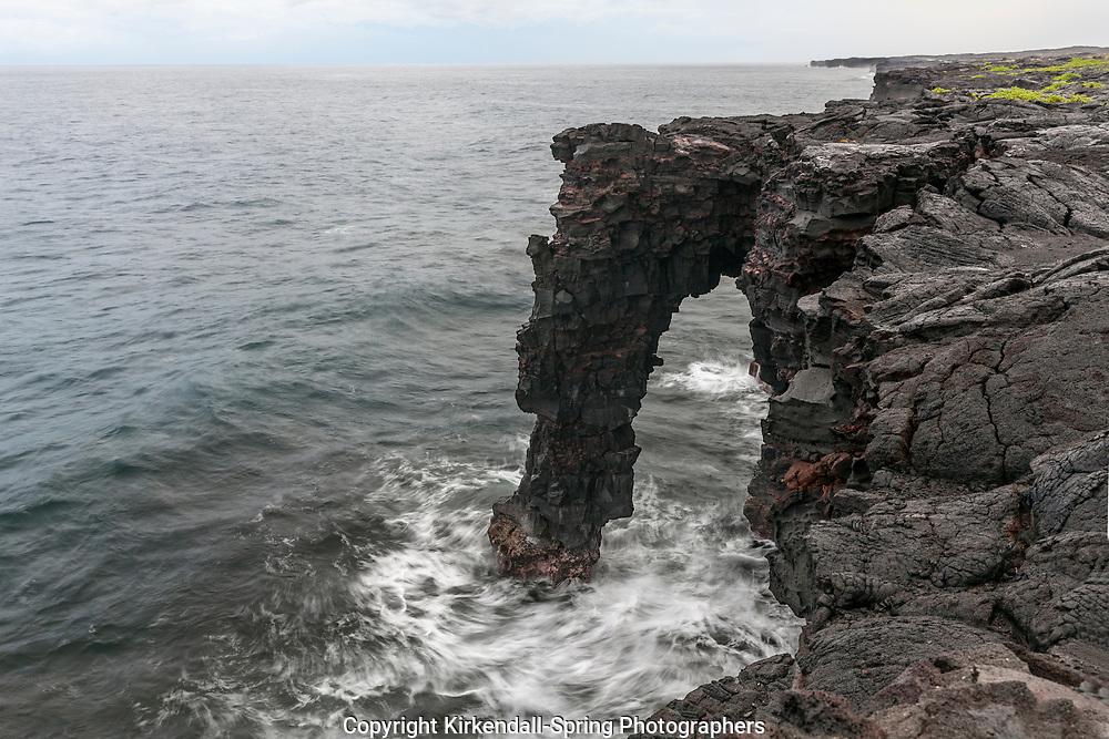 HI00254-00...HAWAI'I - Holei Sea Arch on the edge of the Kupaianaha Lava Shield in Hawai'i Volcanoes National Park island of Hawai'i.