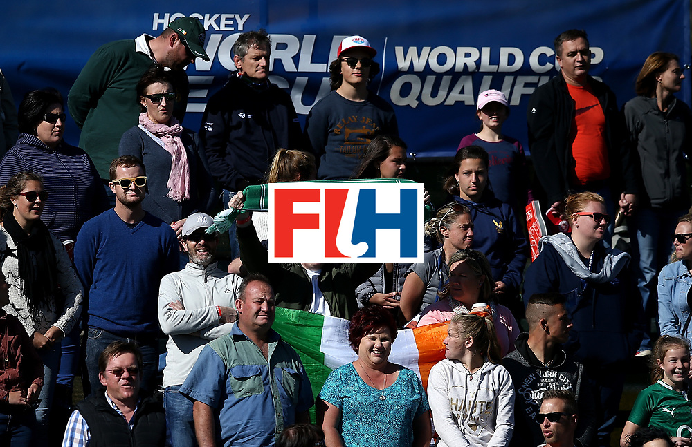 JOHANNESBURG, SOUTH AFRICA - JULY 16:  Ireland fans cheer on their team during day 5 of the FIH Hockey World League Women's Semi Finals Pool A match between England and Ireland at Wits University on July 16, 2017 in Johannesburg, South Africa.  (Photo by Jan Kruger/Getty Images for FIH)