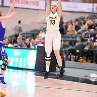 1st year guard Faith Reid (13) of the Regina Cougars during the Women's Basketball home game on November 24 at Centre for Kinesiology, Health and Sport. Credit: Arthur Ward/Arthur Images