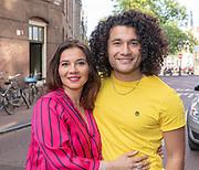 2018, 4 juli. Bumbu Kitchen, Amsterdam. Lancering GTST magazine. Op de foto: Alkan Coklu en zijn moeder Nafice Sener