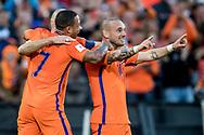 ROTTERDAM, Nederland - Luxemburg, Voetbal, Interland, Oranje, Kwalificatie WK 2018, 09-06-2017, Stadion de Kuip, Wesley Sneijder (R) heeft de 2-0 gescoord, Memphis Depay (L)