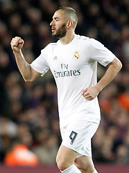02.04.2016, Camp Nou, Barcelona, ESP, Primera Division, FC Barcelona vs Real Madrid, 31. Runde, im Bild Real Madrid's Karim Benzema celebrates goal // during the Spanish Primera Division 31th round match between Athletic Club and Real Madrid at the Camp Nou in Barcelona, Spain on 2016/04/02. EXPA Pictures © 2016, PhotoCredit: EXPA/ Alterphotos/ Acero<br /> <br /> *****ATTENTION - OUT of ESP, SUI*****