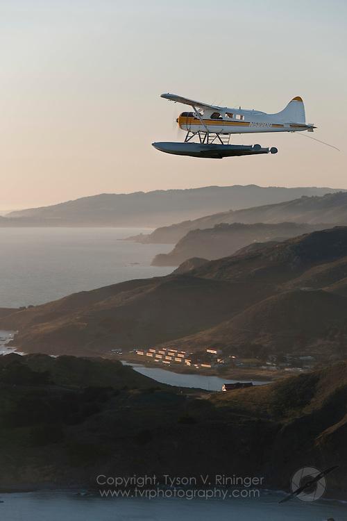DeHaviland Beaver over San Francisco