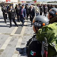 TOLUCA, Mexico (Julio 28,2017).-  Eduardo Valiente Hernández, Comisionado Estatal de Seguridad CES, dio la bienvenida a la comisión de agregados de seguridad de la embajada de los Estado Unidos Americanos, quienes conocieron los diversos cuerpos policiacos y el sistema de monitoreo del Estado de México C5. Agencia MVT. José Hernández.