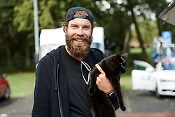 CANYON//SRAM Racing mechanic, Arne Kenzler makes a new friend at Boels Ladies Tour 2019 - Stage 2, a 113.7 km road race starting and finishing in Gennep, Netherlands on September 5, 2019. Photo by Sean Robinson/velofocus.com