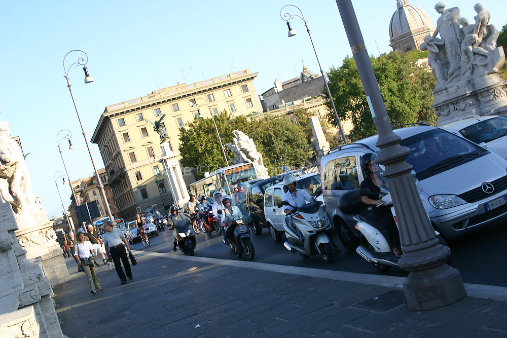Street scene in Rome, Italy with traffic<br />