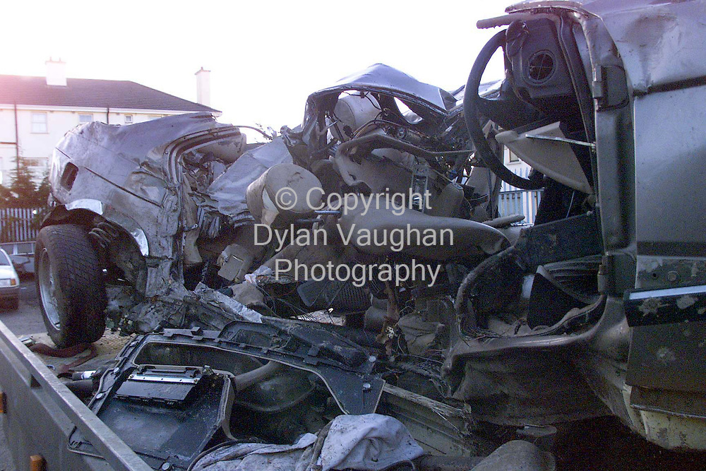 28/12/98 .THE BMW IN WHICH THREE PEOPLE WERE KILLED ON THE CARLOW KILKENNY RD OUTSIDE CARLOW.PICTURE DYLAN VAUGHAN.