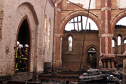 Rosendale Road, West Dulwich. All Saints church fire, June 9, 2000. Photo by Andrew Parsons / i-images..