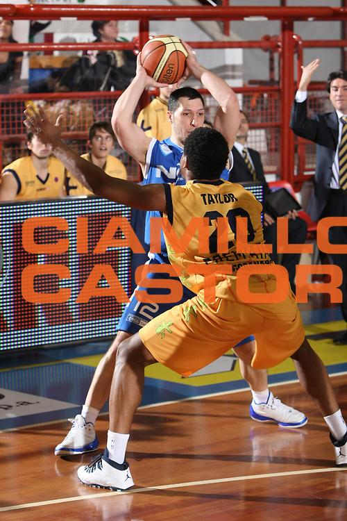 DESCRIZIONE : Porto San Giorgio Lega A1 2008-09 Premiata Montegranaro NGC Cantu<br /> GIOCATORE : Nicolas Mazzarino<br /> SQUADRA : NGC Cantu<br /> EVENTO : Campionato Lega A1 2008-2009<br /> GARA : Premiata Montegranaro NGC Cantu<br /> DATA : 07/12/2008<br /> CATEGORIA :  <br /> SPORT : Pallacanestro<br /> AUTORE : Agenzia Ciamillo-Castoria/C.De Massis