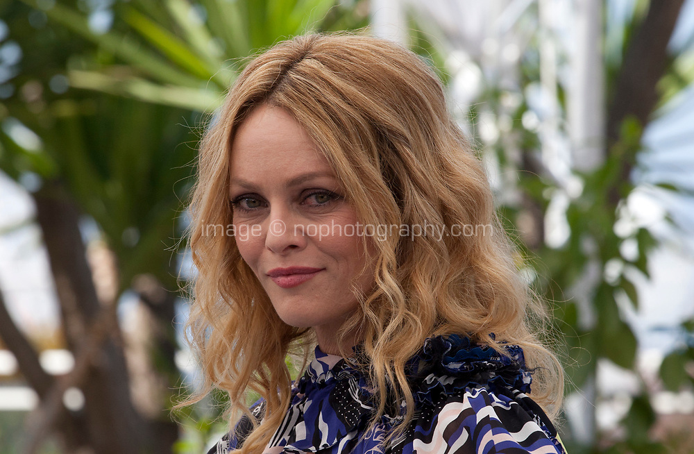 Actress Vanessa Paradis at the Knife + Heart (Un Couteau Dans Le Coeur) film photo call at the 71st Cannes Film Festival, Friday 18th May 2018, Cannes, France. Photo credit: Doreen Kennedy