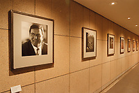 09.03.1999, Deutschland/Bonn:<br /> Bildergallerie der Bundeskanzler, Haus der Geschichte, Bonn<br /> IMAGE: 19990309-02/01-02
