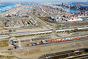 Nederland, Zuid-Holland, Rotterdam, 18-02-2015; Tweede Maasvlakte (MV2). Emplacement Maasvlakte West (Rail Terminal West). In beheer bij Keyrail, exploitant Betuweroute. Zicht op Delta Terminal, van APM Terminals Rotterdam en ECT.<br /> Emplacement Maasvlakte West (West Rail Terminal) managed by Keyrail, operator Betuweroute. View at Delta Terminal, APM Terminals Rotterdam en ECT.<br /> luchtfoto (toeslag op standard tarieven);<br /> aerial photo (additional fee required);<br /> copyright foto/photo Siebe Swart