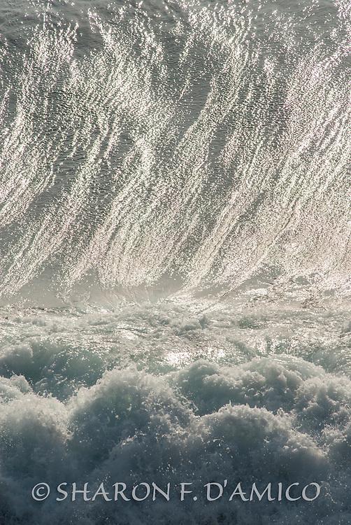 OCEAN WAVE 6682.JPG<br /> Giant Wave and Surf, California Coast