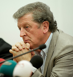 TRABZON, TURKEY - Wednesday, August 25, 2010: Liverpool's manager Roy Hodgson during a press conference at the Huseyin Avni Aker Stadium ahead of the UEFA Europa League Play-Off 2nd Leg match against Trabzonspor A.S. (Pic by: David Rawcliffe/Propaganda)