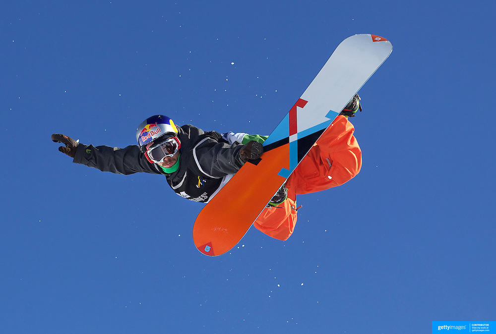 Manuel Pietropoli, Italy, flying high during his ninth place finish during the Men's Half Pipe Finals in the LG Snowboard FIS World Cup, during the Winter Games at Cardrona, Wanaka, New Zealand, 28th August 2011. Photo Tim Clayton..