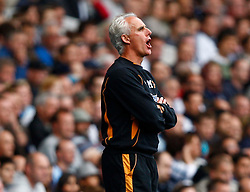 18.09.2010, White Hart Lane, London, ENG, PL, Tottenham Hotspur vs Wolverhampton Wanderers, im Bild Mick McCarthy Manager of Wolverhampton Wanderers. EXPA Pictures © 2010, PhotoCredit: EXPA/ IPS/ Kieran Galvin +++++ ATTENTION - OUT OF ENGLAND/UK +++++ / SPORTIDA PHOTO AGENCY