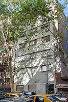 DEPARTAMENTO AMUEBLADO DE DOS PISOS EN UN EDIFICIO DEL BARRIO DE PALERMO, CIUDAD AUTONOMA DE BUENOS AIRES, ARGENTINA (PHOTO BY © MARCO GUOLI - ALL RIGHTS RESERVED)