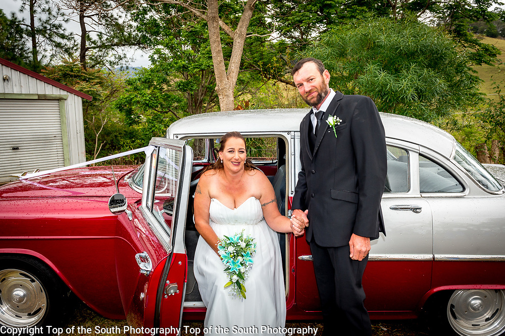 Alicia & Michael were married in Dapto 22-10-2017
