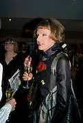 GRAYSON PERRY, The Presentation of the Montblanc de la Culture Arts Patronage Award to Anthony D'Offay. Tate Modern. 16 April 2009<br /> GRAYSON PERRY, The Presentation of the Montblanc de la Culture Arts Patronage Award to Anthony D'Offay. Tate Modern. 16 April 2009 *** Local Caption *** -DO NOT ARCHIVE-© Copyright Photograph by Dafydd Jones. 248 Clapham Rd. London SW9 0PZ. Tel 0207 820 0771. www.dafjones.com.