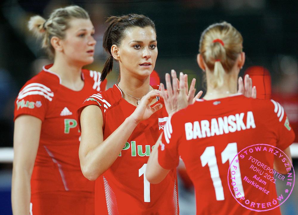 HALLE 16/01/2008.EUROPEAN VOLLEYBALL WOMEN'S OLIMPIC QUALIFICATION.POLAND _ GERMANY.MALGORZATA GLINKA /L/ , KATARZYNA SKOWRONSKA /C/ I ANNA BARANSKA /R/.FOT. PIOTR HAWALEJ / WROFOTO