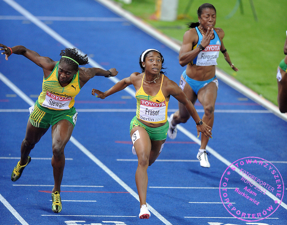 (C) SHELLY ANN FRASER (JAMAICA) WINNING THE GOLD MEDAL IN 100 METERS WOMEN ON THE OLYMPIC STADION ( OLIMPIASTADION ) DURING 12TH IAAF WORLD CHAMPIONSHIPS IN ATHLETICS BERLIN 2009..BERLIN , GERMANY , AUGUST 17, 2009..( PHOTO BY ADAM NURKIEWICZ / MEDIASPORT )..PICTURE ALSO AVAIBLE IN RAW OR TIFF FORMAT ON SPECIAL REQUEST.