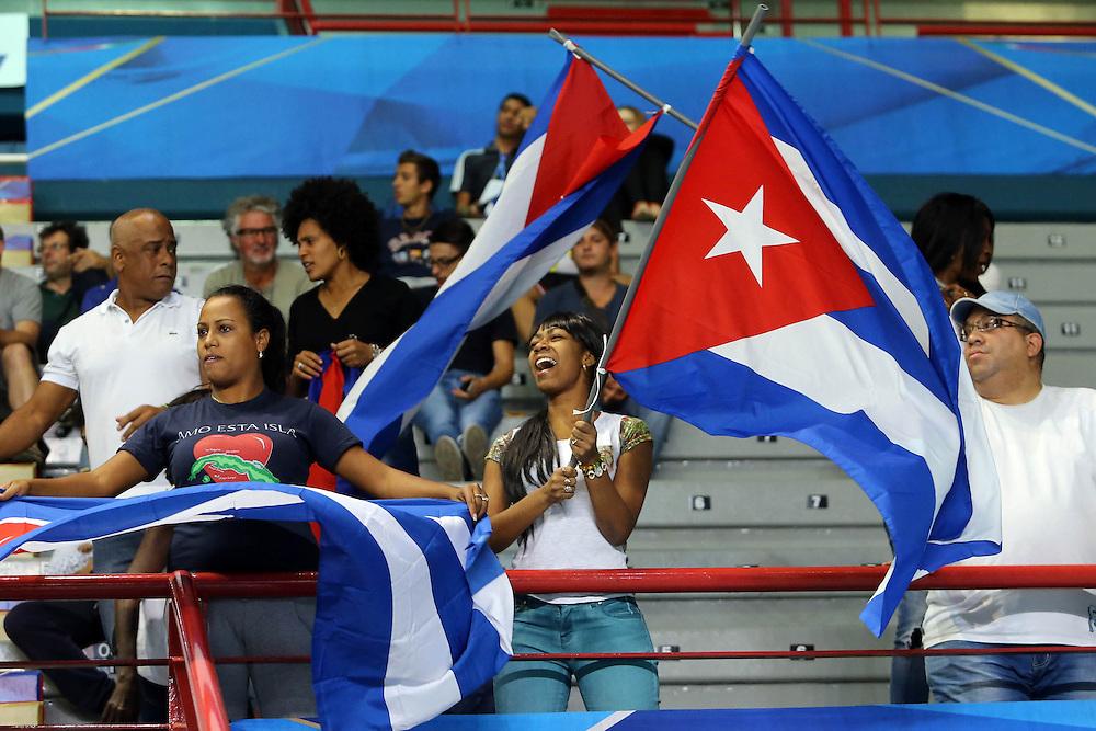 Cuba fans celebrate