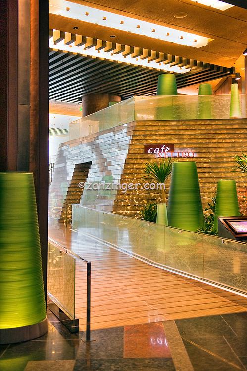 Cafe Vettro, Aria Resort Casino, Hospitality