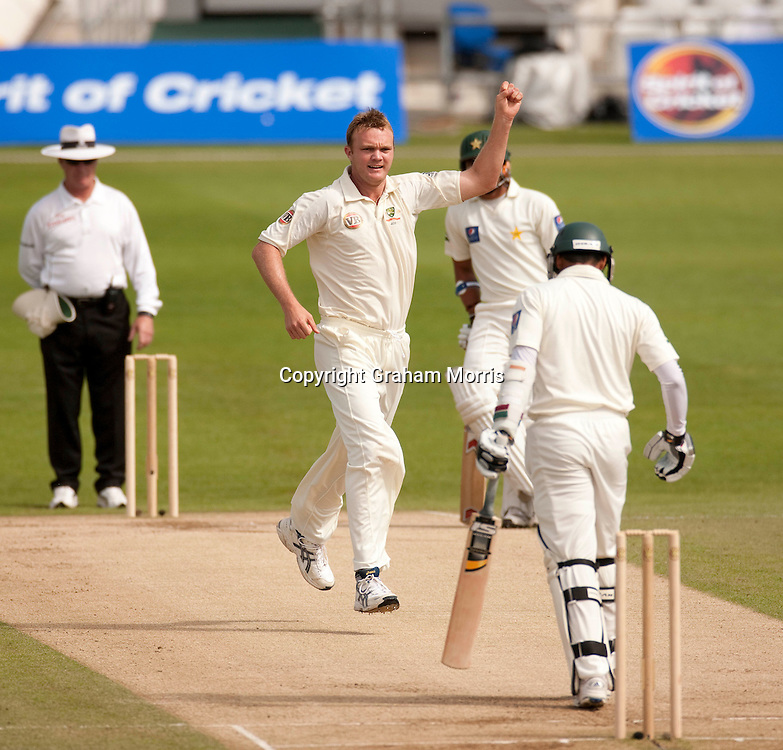 Bowler Doug Bollinger (on his birthday) celebrates removing Azhar Ali during the second MCC Spirit of Cricket Test Match between Pakistan and Australia at Headingley, Leeds.  Photo: Graham Morris (Tel: +44(0)20 8969 4192 Email: sales@cricketpix.com) 24/07/10