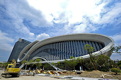 August 17, 2017 - Hangzhou, Hangzhou, China - Hangzhou, CHINA-17th August 2017: (EDITORIAL USE ONLY. CHINA OUT) ..The swimming stadium of the Yellow Dragon Sports Center is to be finished after construction of three years in Hangzhou, east China's Zhejiang Province, August 17th, 2017. (Credit Image: © SIPA Asia via ZUMA Wire)
