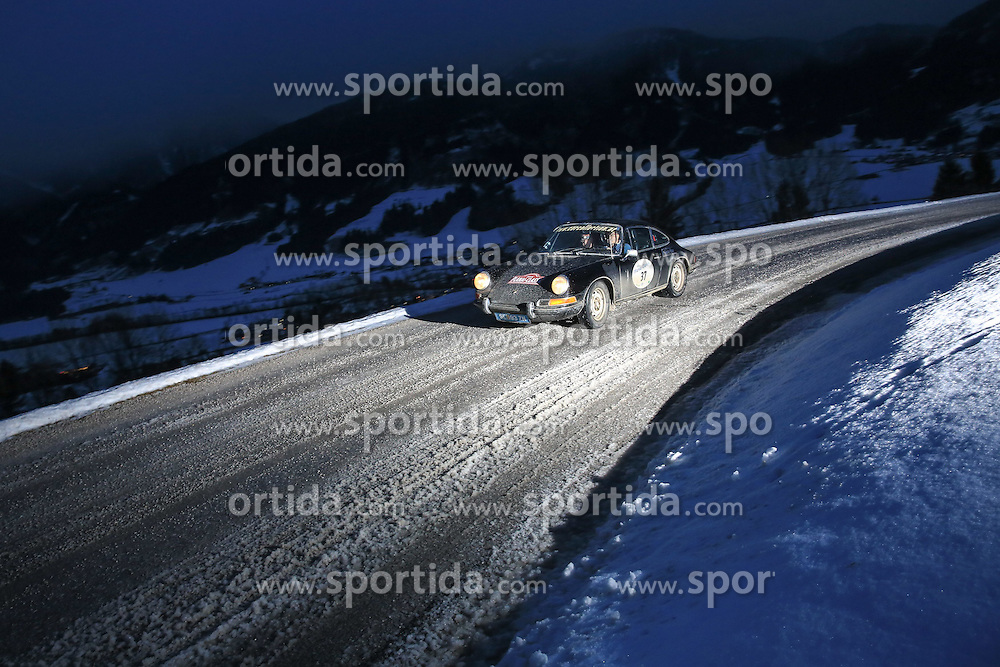 03.01.2015, Groebming, AUT, Planai-Classic 2015, Dachstein-Prolog, im Bild Franz Wittmann (AUT) und Alberto Dona (ITA), Porsche 911 T Coupe, Bj. 1972 // during the Planai-Classic 2015 in Groebming, Austria on 2015/01/03. EXPA Pictures © 2015, PhotoCredit: EXPA / Martin Huber