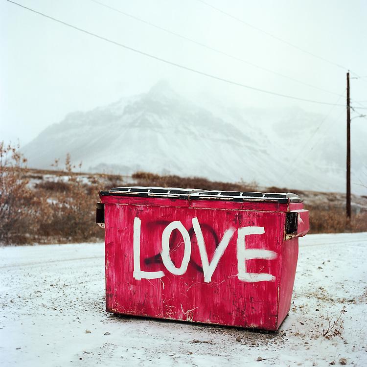 ANAKTUVUK PASS, AK - 2013: