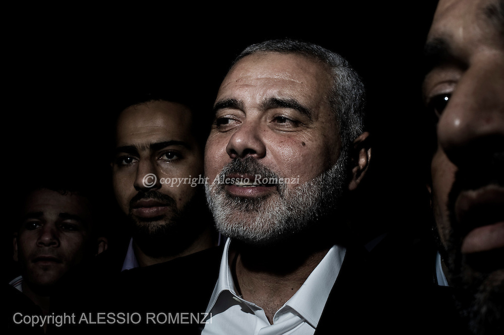 Gaza City: After payed condolences, Palestian Hamas leader in the Gaza Strip Hismail Haniya leave the house of Ahmed Jaabari, the late leader of the Hamas armed wing, the Ezzedine al-Qassam Brigades. November 22, 2012. ALESSIO ROMENZI