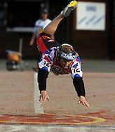 14.6.2011, Kouvola..Superpesis 2011, Kouvolan Pallonly?j?t  - Joensuun Maila..Mika V?is?nen - JoMa...