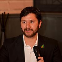 Toluca, México (Abril 25, 2018).- Omar Iván Gómez, presidente de La Red Expo Social presentó una nueva plataforma para el diagnóstico de organizaciones de la sociedad civil (OSC) mediante la cual se pretende su fortalecimiento y consolidación para que alcancen los objetivos a favor de la comunidad para las cuales fueron creadas.  Agencia MVT / Crisanta Espinosa.