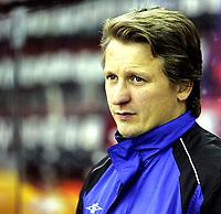 Ishockey<br /> GET-Ligaen<br /> Treningskamp<br /> 03.09.09<br /> Jordal Amfi<br /> Vålerenga VIF - Storhamar Dragons<br /> Trener Ole Eskild Dahlstrøm<br /> Foto - Kasper Wikestad