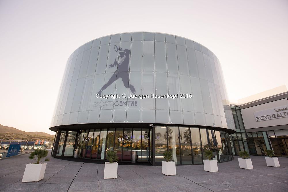 Rafa Nadal Academy in Manacor, Mallorca,Eingangsbereich<br /> <br />  - Rafa Nadal Academy -  -  Rafa Nadal Academy - Manacor - Mallorca - Spanien  - 24 October 2016. <br /> &copy; Juergen Hasenkopf