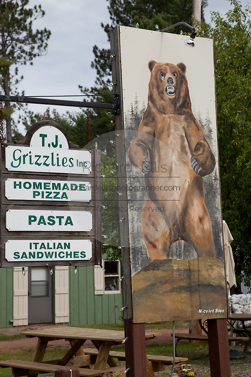 Grizzlies pizza and sign in the Northwoods of Wisconsin