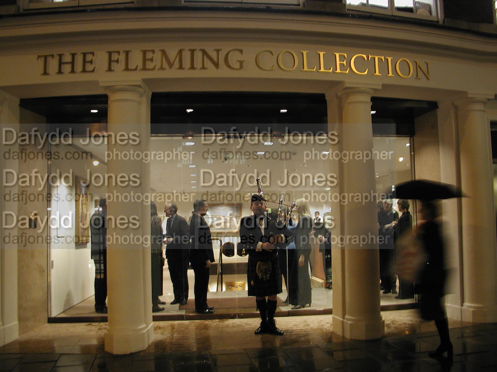 The Glasgow Boys.  new premises of The Fleming Collection, 13 Berkeley Street, London W125 January 2002. © Copyright Photograph by Dafydd Jones 66 Stockwell Park Rd. London SW9 0DA Tel 020 7733 0108 www.dafjones.com