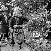 VIETNAM SAPA, Red dao tribe women