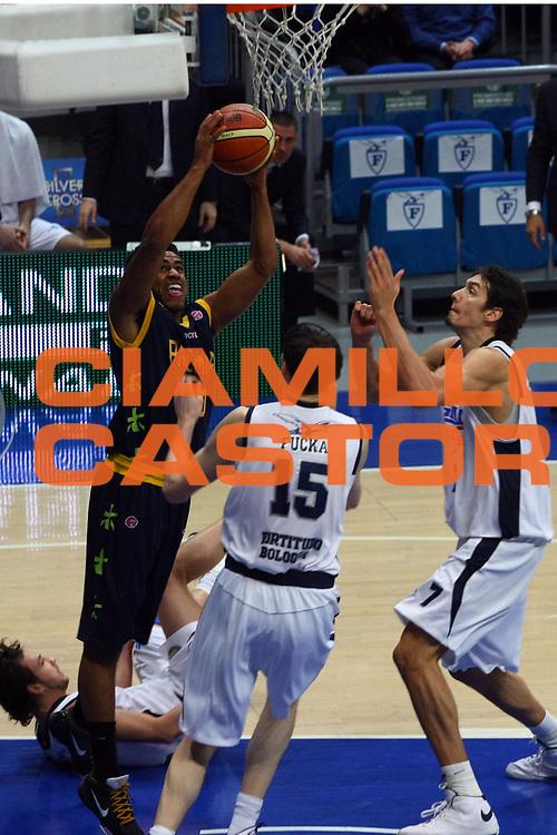 DESCRIZIONE : Bologna Lega A1 2008-09 Gmac Fortitudo Bologna Premiata Montegranaro<br /> GIOCATORE : Bryce Taylor<br /> SQUADRA : Premiata Montegranaro<br /> EVENTO : Campionato Lega A1 2008-2009 <br /> GARA : Gmac Fortitudo Bologna Premiata Montegranaro<br /> DATA : 08/02/2009 <br /> CATEGORIA : tiro<br /> SPORT : Pallacanestro <br /> AUTORE : Agenzia Ciamillo-Castoria/M.Minarelli