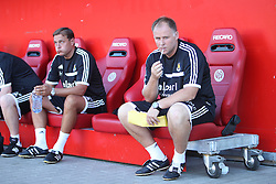 20.07.2013, Coface Arena, Mainz, GER, Testspiel, 1. FSV Mainz 05 vs West Ham United, im Bild Trainer Sam Allardyce (West Ham United) kann nur kritisch auf seinem Stift beissen nach dem 0:3 in der ersten Halbzeit aus seiner Sicht,,  // during the Friendly Match between 1. FSV Mainz 05 and West Ham United at the Coface Arena, Mainz, Germany on 2013/07/20. EXPA Pictures © 2013, PhotoCredit: EXPA/ Eibner/ Bildpressehaus<br /> <br /> ***** ATTENTION - OUT OF GER *****