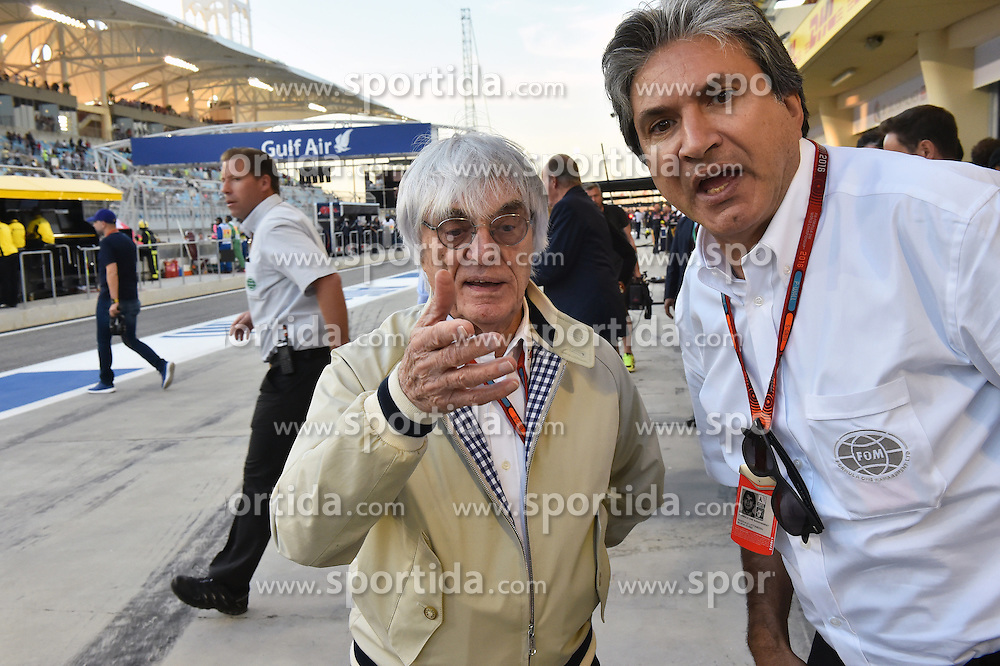 03.04.2016, International Circuit, Sakhir, BHR, FIA, Formel 1, Grand Prix von Bahrain, Rennen, im Bild Bernie Ecclestone (GBR) CEO Formula One Group (FOM) and Pasquale Lattuneddu (ITA) of the FOM // during Race for the FIA Formula One Grand Prix of Bahrain at the International Circuit in Sakhir, Bahrain on 2016/04/03. EXPA Pictures &copy; 2016, PhotoCredit: EXPA/ Sutton Images<br /> <br /> *****ATTENTION - for AUT, SLO, CRO, SRB, BIH, MAZ only*****