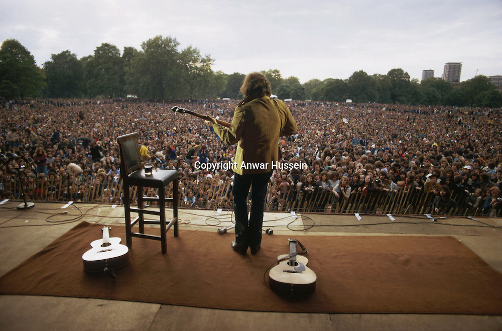 American singer-songwriter Don McLean plays to an audience of 85,000 at a free concert in Hyde Park, London,  31st, May 1975. Intending to retire from live performance, McLean intended the show as a farewell to his British fans.