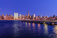 Midtown Manhattan Skyline, Pier Hunters Point, Queens, Manhattan, New York City, New York, USA