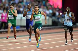 Wayde van Niekerk of South Africa in action - Mandatory byline: Patrick Khachfe/JMP - 07966 386802 - 06/08/2017 - ATHLETICS - London Stadium - London, England - Men's 400m Semi Final - IAAF World Championships
