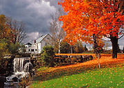 Roger Crowley / CrowleyPhotos.com<br /> Fall in Adamant Vermont