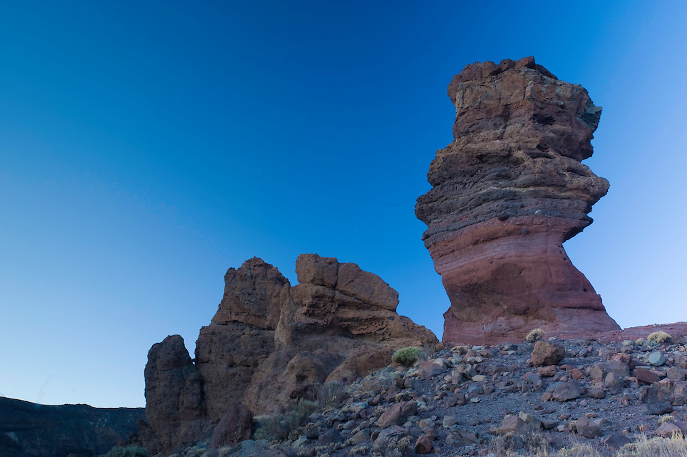"""The """"Roque Cinchado"""" in """"Los Roques de Garcia"""" a geologic formations in the south face of the Teide Volcano, in the Teide National Park, Tenerife Island, Canary Islands, Spain."""