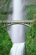 Multnomah Falls and bridge, Columbia River Gorge National Scenic Area, Oregon