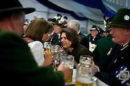 Bundesministerin fuer Ernaehrung, Landwirtschaft und Verbraucherschutz Ilse Aigner (CSU) bei der Eröffnung des Berliner Oktoberfestes am Mittwoch 15.09.2010 in Berlin.