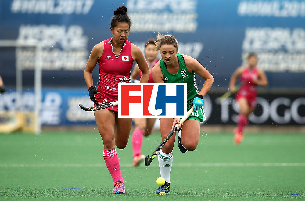 JOHANNESBURG, SOUTH AFRICA - JULY 08:  Gillian Pinder of Ireland battles with Yu Asai of Japan during day 1 of the FIH Hockey World League Semi Finals Pool A match between Japan and Ireland at Wits University on July 8, 2017 in Johannesburg, South Africa.  (Photo by Jan Kruger/Getty Images for FIH)